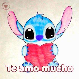 bonito dibujo a mano de stitch con frase te amo mucho