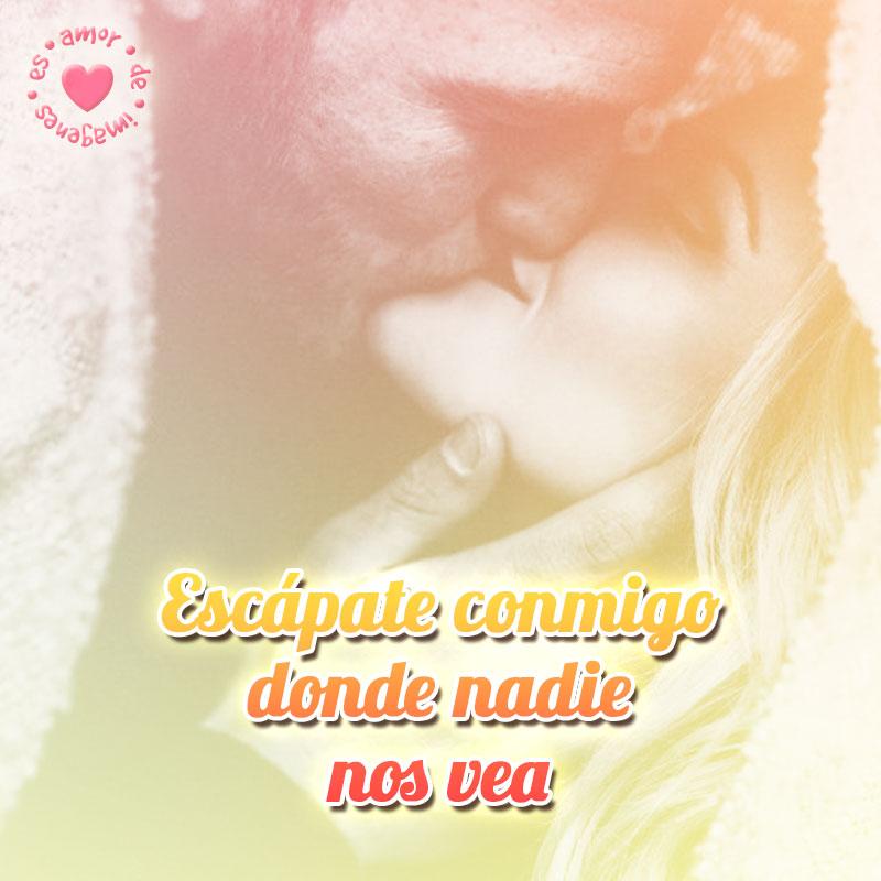 novios besándose junto a frase de amor corto