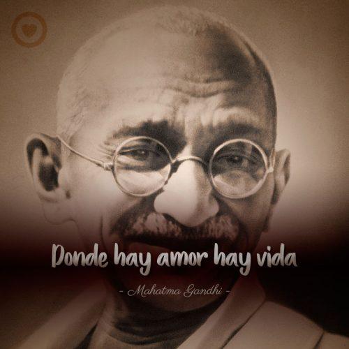 Frase célebre de amor de Mahatma Gandhi